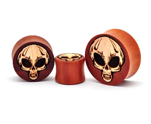 Laser Engraved Saba Wood Plugs with Maple Wood Alien Skull Inlay