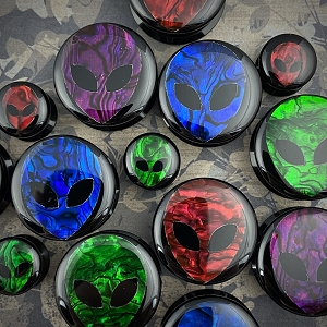 Black Acrylic Embedded Colored Abalone Alien Plugs