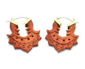 Hoop Earrings with Saba Wood Pointed Filigree Pattern