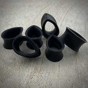 Black Silicone Teardrop Tunnels